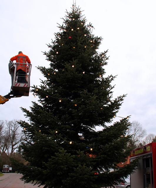 Wann Weihnachtsbaum Aufstellen.Weihnachtsbaum Aufstellen